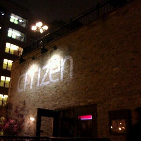 Photo prise au Citizen Bar Chicago par Jeanne T. le5/6/2012