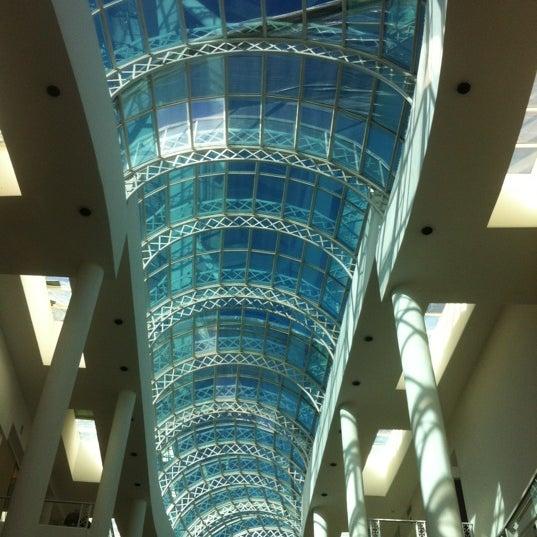 Foto tirada no(a) Shopping Crystal por Vinícius P. em 7/1/2012