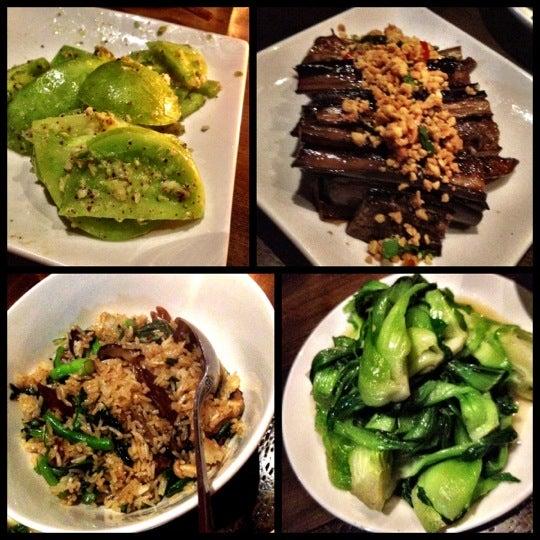 Foto diambil di Yunnan BBQ oleh Ellie D. pada 8/31/2012