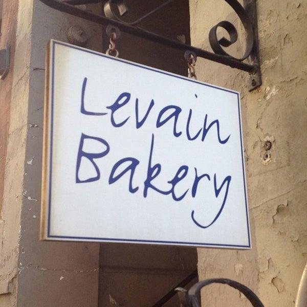 5/12/2012에 Jude D.님이 Levain Bakery에서 찍은 사진