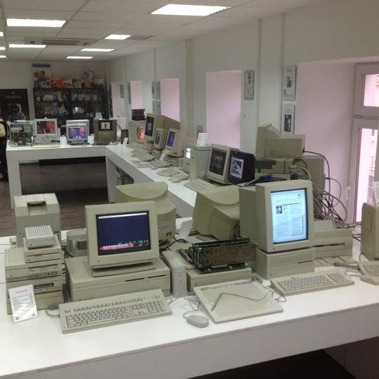 11/24/2012에 Leonid G.님이 Moscow Apple Museum에서 찍은 사진