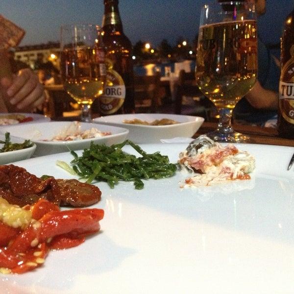 7/5/2013 tarihinde ouzuziyaretçi tarafından Kekik Restaurant'de çekilen fotoğraf