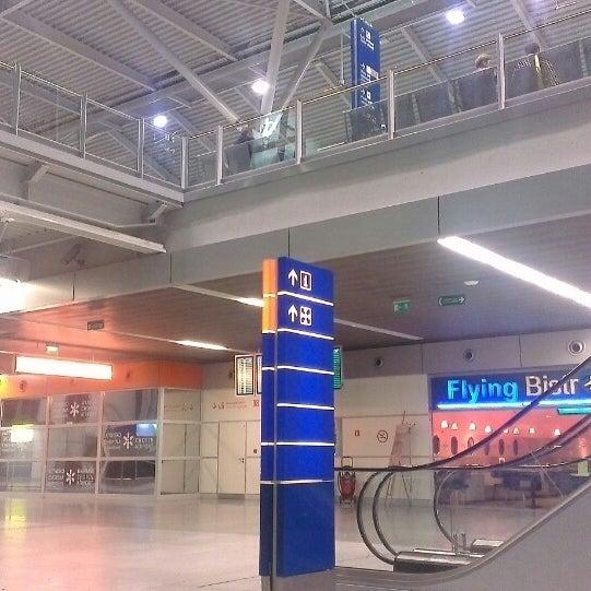 7/6/2013에 Rafał Ż.님이 바르샤바 쇼팽 공항 (WAW)에서 찍은 사진