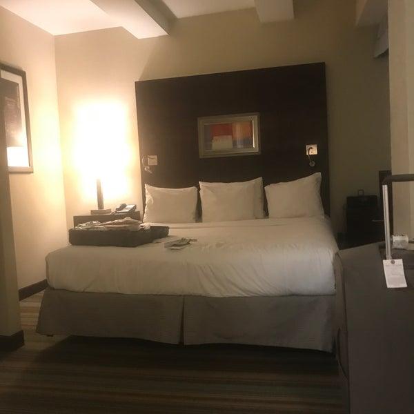 Снимок сделан в Hotel MELA пользователем Richard M. 10/21/2017