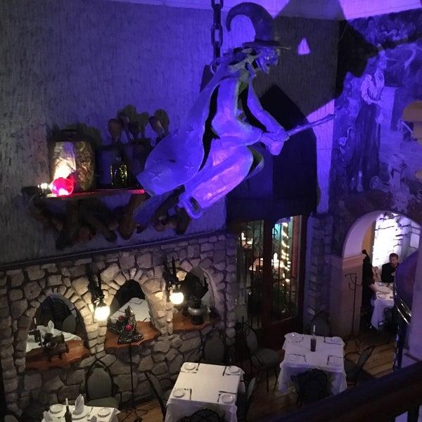 Foto scattata a Restaurante & Bar La Strega da Ivan S. il 2/3/2016