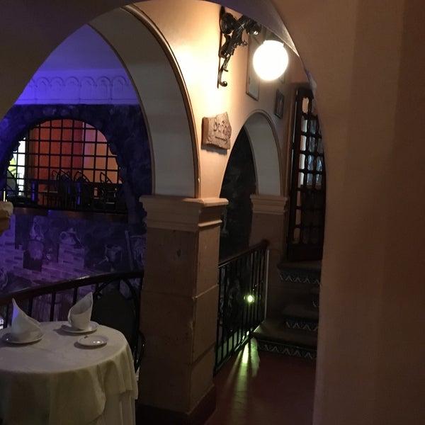 Foto scattata a Restaurante & Bar La Strega da Ivan S. il 2/26/2016