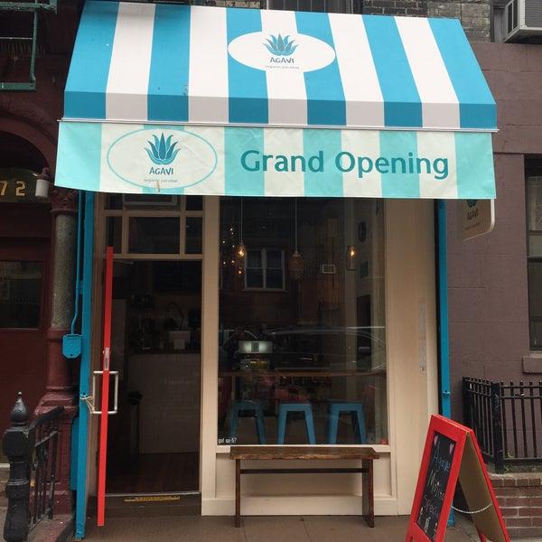 Photo taken at Agavi Organic Juice Bar by Ben M. on 5/9/2015