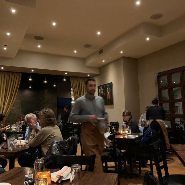 Foto scattata a Koi Fine Asian Cuisine & Lounge da martín g. il 10/11/2019