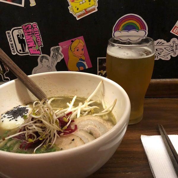 Das Foto wurde bei Fukuro Noodle Bar von Marrie am 2/8/2018 aufgenommen