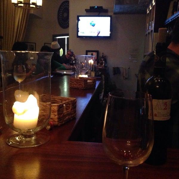 7/16/2014にFemme N.がThe Tangled Vine Wine Bar & Kitchenで撮った写真
