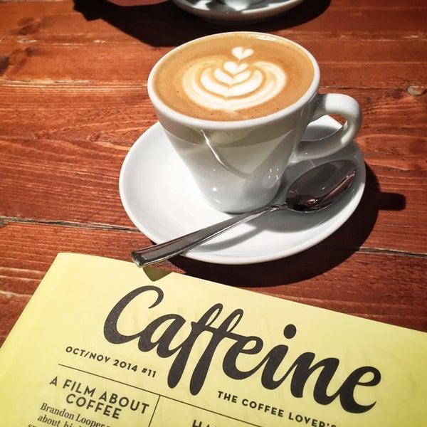 Foto diambil di Brew Lab Coffee oleh Jerome D. pada 10/14/2014