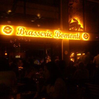 Photo prise au Brasserie Bomonti par Ömer Y. le7/19/2013