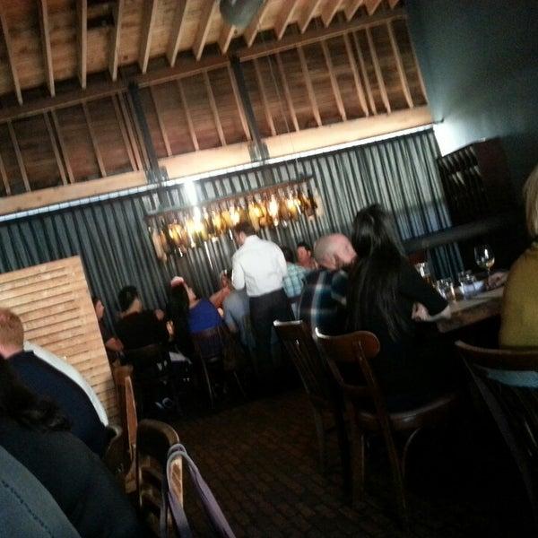 """Foto tirada no(a) Bankers Hill Bar & Restaurant por John """"Gio"""" P. em 4/26/2013"""