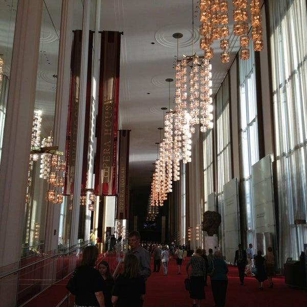 6/27/2013 tarihinde Leila S.ziyaretçi tarafından The John F. Kennedy Center for the Performing Arts'de çekilen fotoğraf