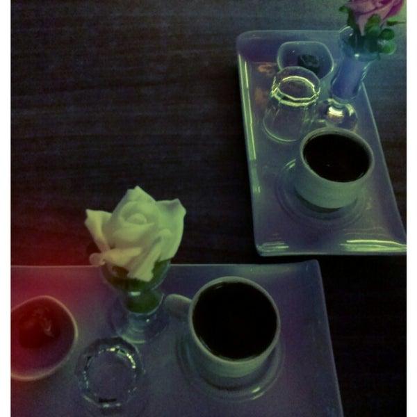 Turk kahvesinin tadii cokkk acii ama sunum harika..