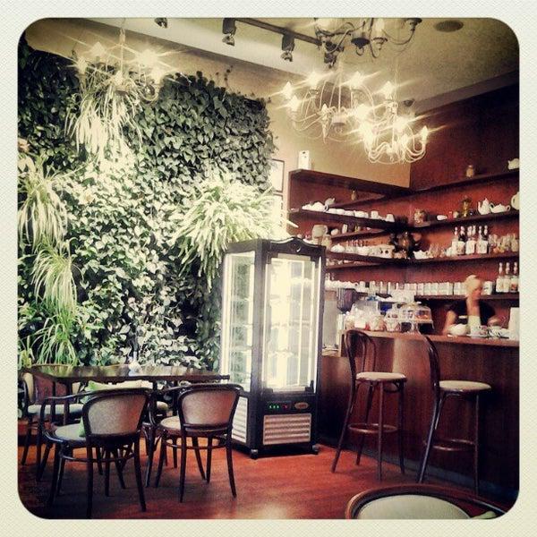 Photo taken at Tea & Coffee garden by Tarjei H. on 9/15/2012