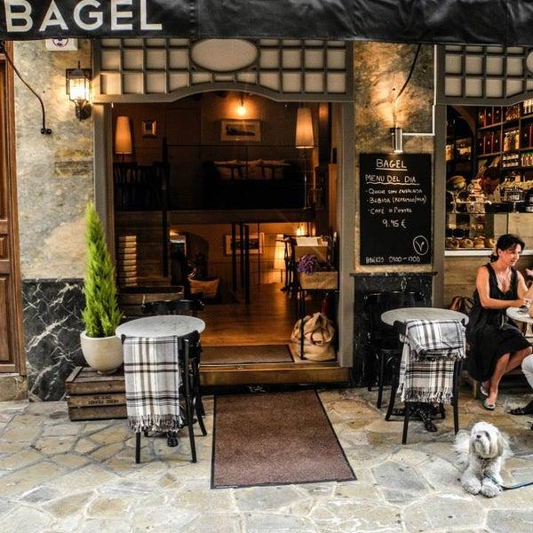 รูปภาพถ่ายที่ Bagel โดย Bagel เมื่อ 7/15/2013