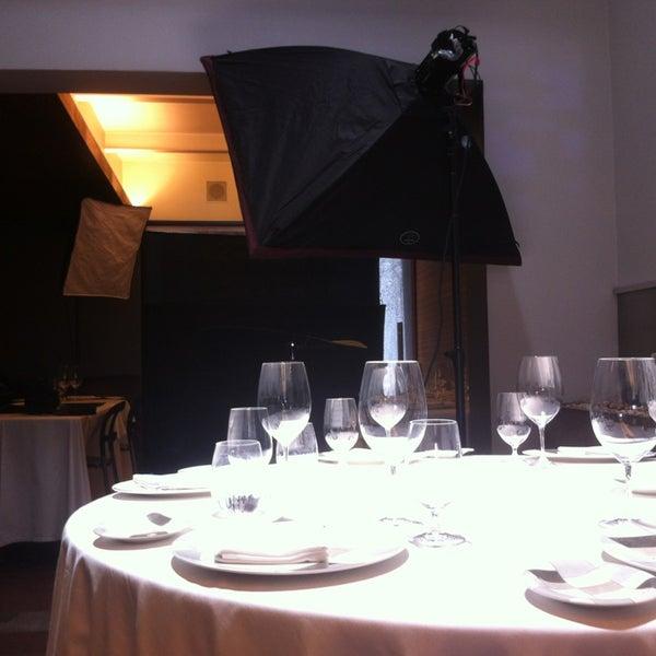 รูปภาพถ่ายที่ Jaso Restaurant โดย Charly R. เมื่อ 5/30/2013