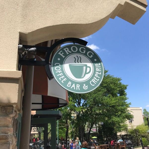 4/9/2017にHenoc M.がFrogg Coffee Bar and Creperieで撮った写真
