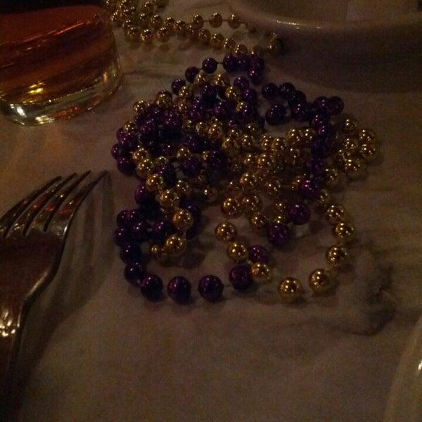 Foto scattata a Bourbon Street Restaurant and Catering da Steven T. il 3/21/2013