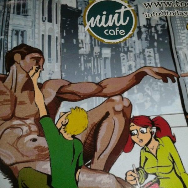 11/10/2013 tarihinde Ufuk E.ziyaretçi tarafından Mint Restaurant & Bar'de çekilen fotoğraf