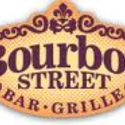 Foto tirada no(a) Bourbon Street Bar & Grille por Chris O. em 1/5/2013