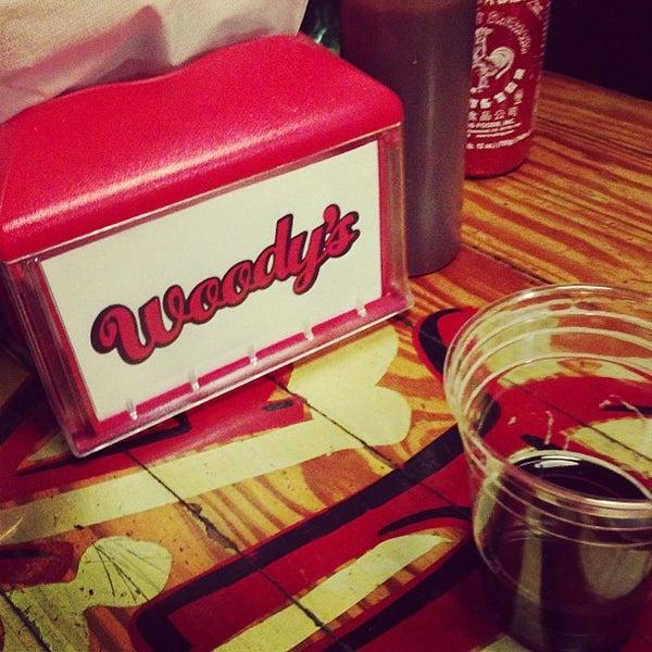 Foto scattata a Woody's Famous CheeseSteaks da Brett M. il 1/26/2013