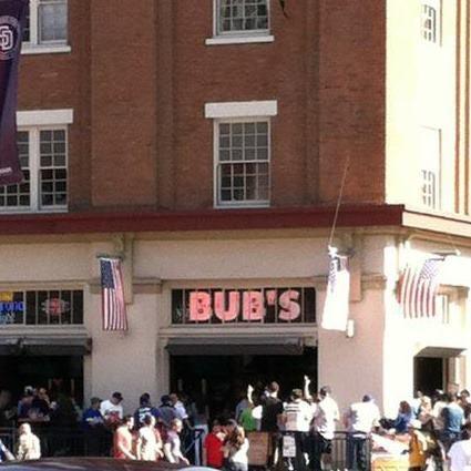 รูปภาพถ่ายที่ Bub's at the Ballpark โดย Bub's at the Ballpark เมื่อ 7/18/2013