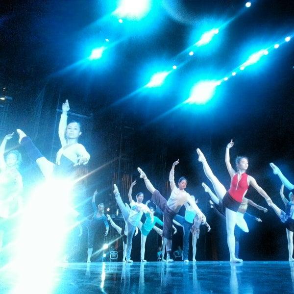 10/14/2013 tarihinde Fabrice C.ziyaretçi tarafından Auditorium Theatre'de çekilen fotoğraf