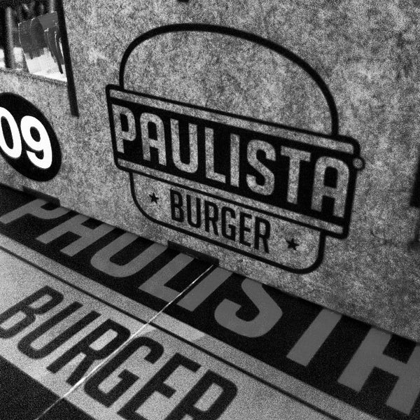 Photo prise au Paulista Burger par Vinicius M. le11/29/2014