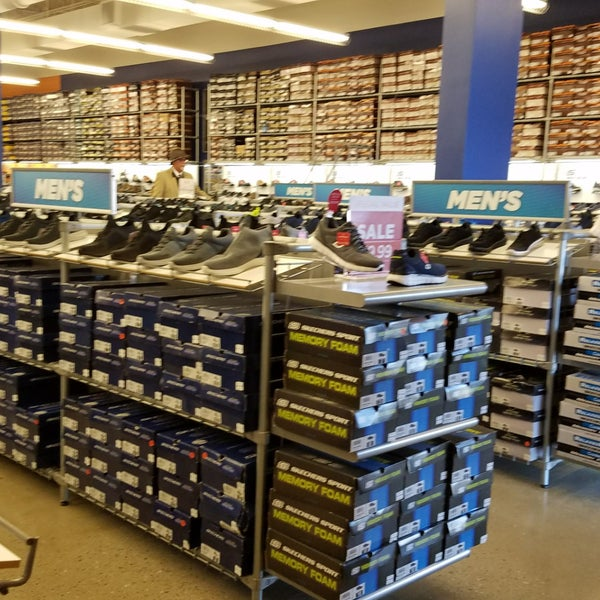 SKECHERS Warehouse Outlet - 719