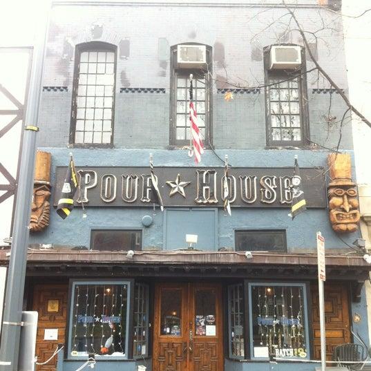 Photo prise au The Pour House par Armie le12/10/2012