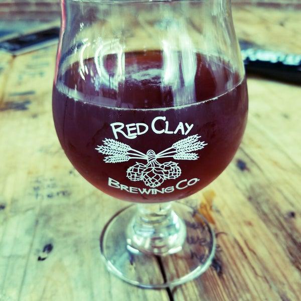Foto tomada en Red Clay Brewing Company por Randall E. el 3/10/2018