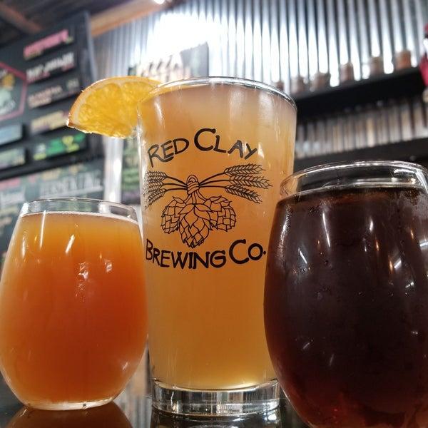 Foto tomada en Red Clay Brewing Company por Randall E. el 8/3/2019
