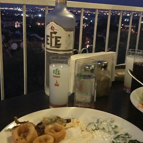 Foto tomada en King's Garden Restaurant por Hakan Ç. el 9/23/2018