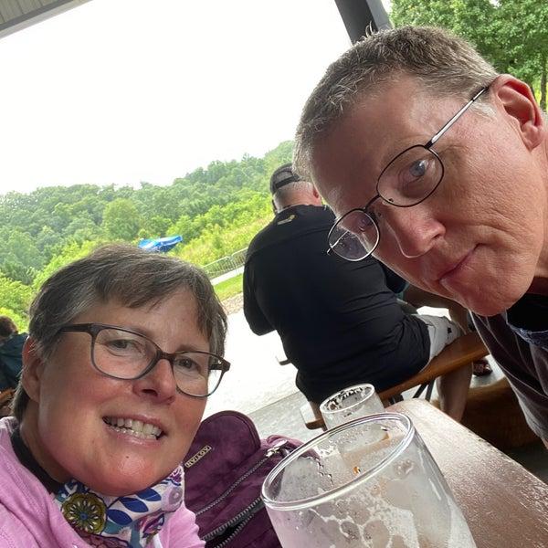 7/1/2020 tarihinde Doris C.ziyaretçi tarafından Oskar Blues Brewery'de çekilen fotoğraf