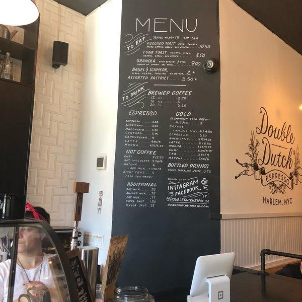 Das Foto wurde bei Double Dutch Espresso von candy am 5/24/2018 aufgenommen