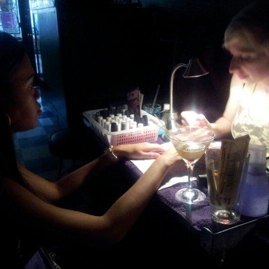 Foto scattata a Beauty Bar da Stephanie C. il 7/12/2013