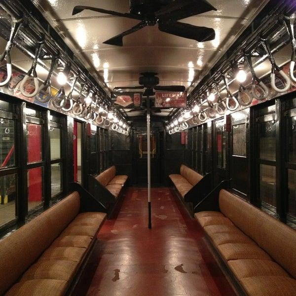 3/2/2013 tarihinde Rebecca B.ziyaretçi tarafından New York Transit Museum'de çekilen fotoğraf