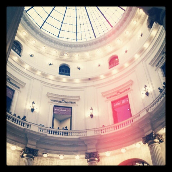 Photo taken at Centro Cultural Banco do Brasil (CCBB) by Rico M. on 1/5/2013
