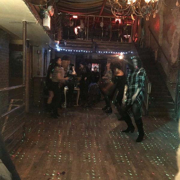 Photo prise au Mehanata Bulgarian Bar par Leslie Jane le12/15/2018