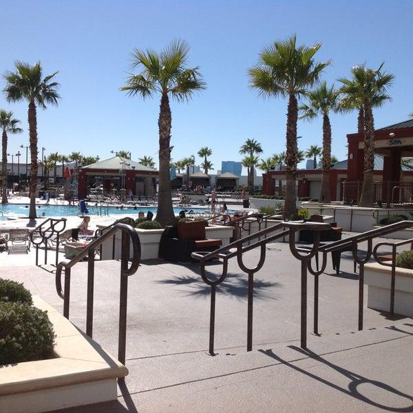 Снимок сделан в LVH - Las Vegas Hotel & Casino пользователем Dani T. 2/17/2013