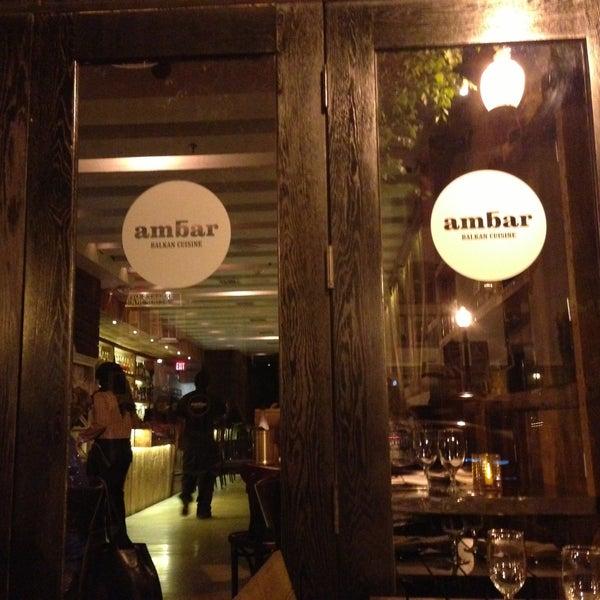 Photo prise au Ambar Balkan Cuisine par Roman le6/14/2013