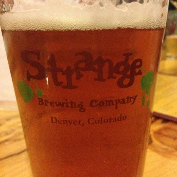 Das Foto wurde bei Strange Craft Beer Company von Melissa M. am 7/27/2013 aufgenommen