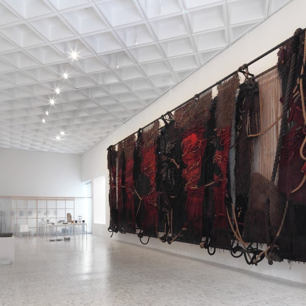 Foto diambil di Museo Tamayo oleh Museo Tamayo pada 7/26/2013