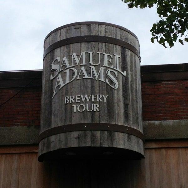 Photo prise au Samuel Adams Brewery par David A. le7/26/2013