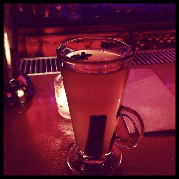 Снимок сделан в Silk City Diner Bar & Lounge пользователем Dara N. 11/22/2012