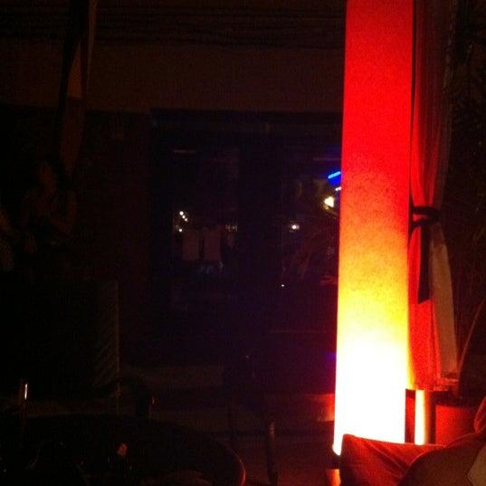 5/20/2012에 Elisha Gutloff, M.님이 Mosaic Wine Lounge에서 찍은 사진
