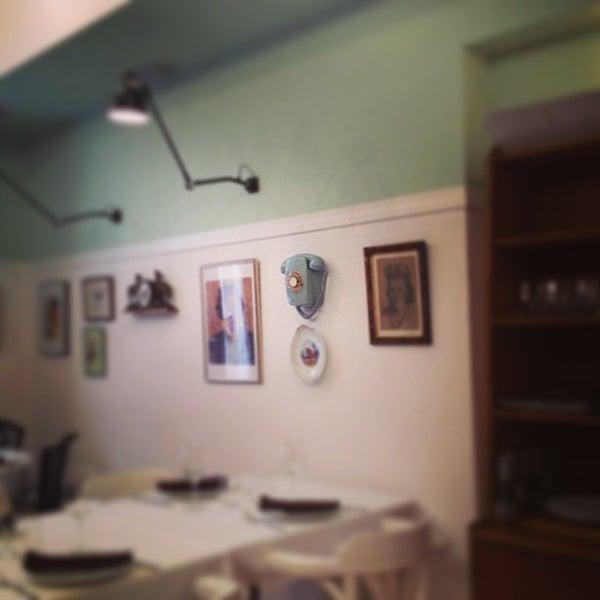 8/24/2013 tarihinde Raul D.ziyaretçi tarafından El Apartamento'de çekilen fotoğraf