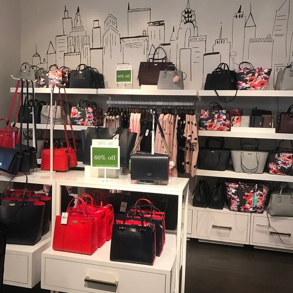 kate spade new york outlet - Carlsbad, CA